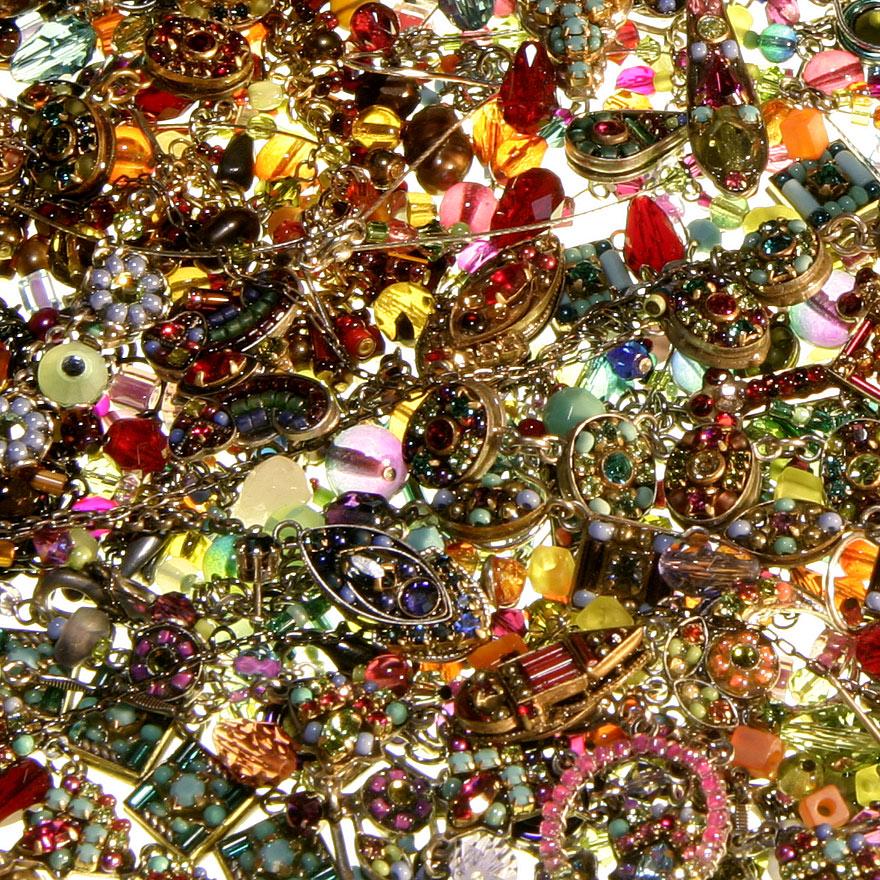 jewellery pile