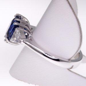 Sapphire 3 Stone Ring